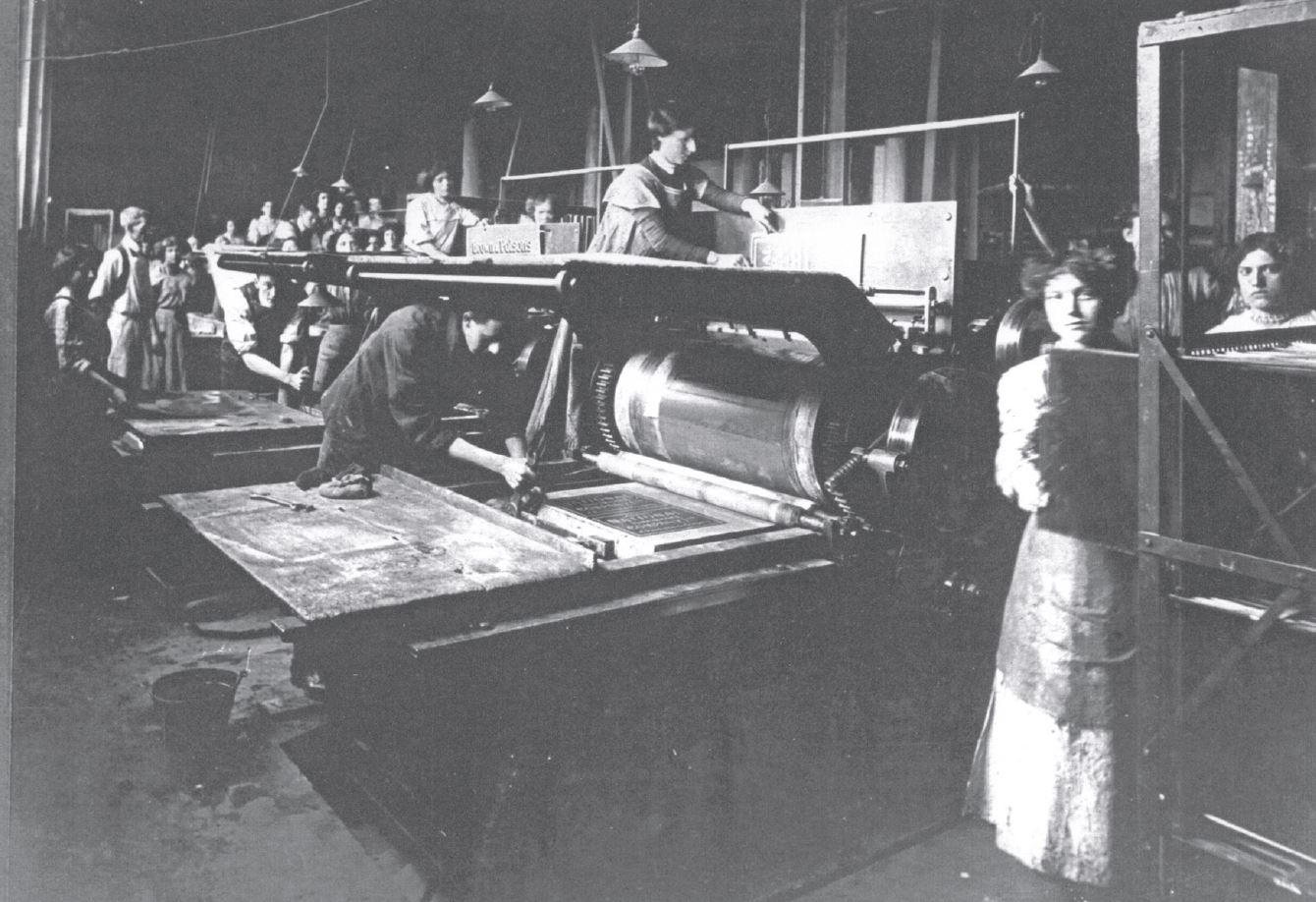 Early flat-bed machines